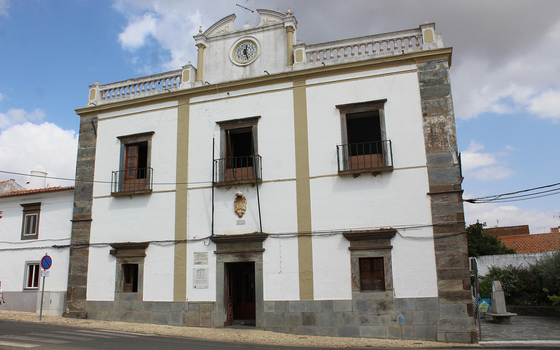 Edifício da Câmara Municipal em Requalificação